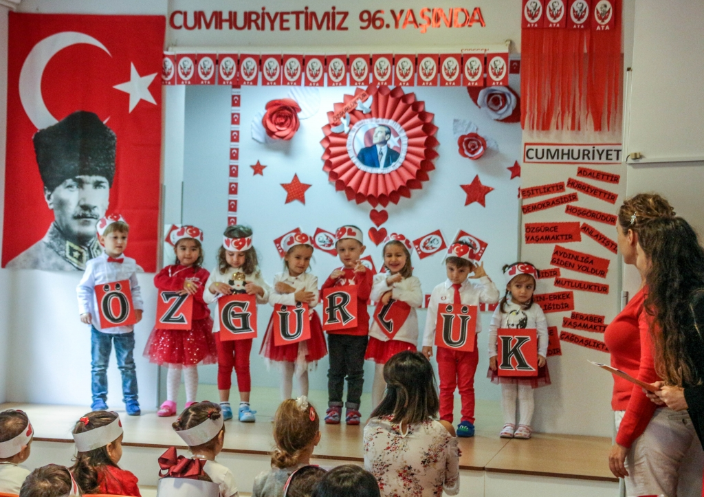 29 Ekim Cumhuriyet Bayramı Kutlaması Özel Kaplumbağa Anaokulu Çengelköy Üsküdar 10 scaled