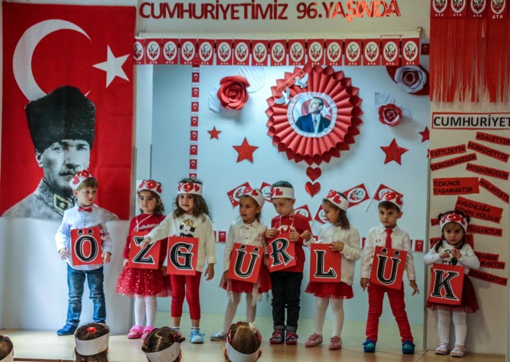 29 Ekim Cumhuriyet Bayramı Kutlaması Özel Kaplumbağa Anaokulu Çengelköy Üsküdar 11 scaled