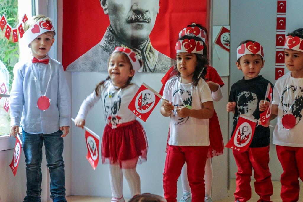 29 Ekim Cumhuriyet Bayramı Kutlaması Özel Kaplumbağa Anaokulu Çengelköy Üsküdar 16 scaled