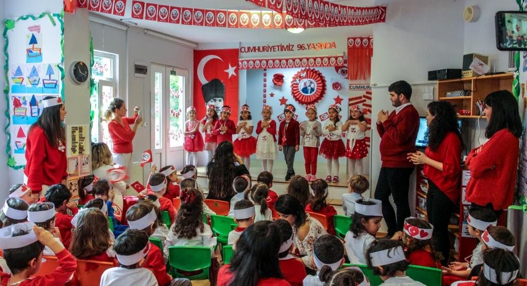 29 Ekim Cumhuriyet Bayramı Kutlaması Özel Kaplumbağa Anaokulu Çengelköy Üsküdar 30 scaled