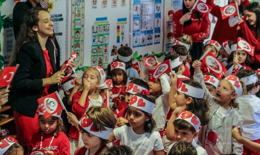 29 Ekim Cumhuriyet Bayramı Kutlaması Özel Kaplumbağa Anaokulu Çengelköy Üsküdar 46 scaled